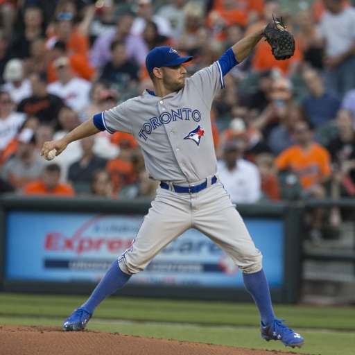 Marco_Estrada_on_May_11,_2015